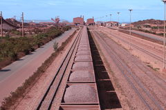 Eisenerzanschluß Sishen Saldanha, Westkap, Südafrika Stockbilder