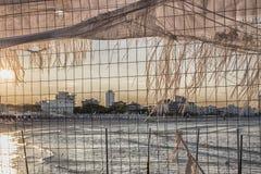 Eisengitter auf dem adriatischen Meer Lizenzfreie Stockbilder