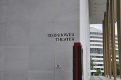 Eisenhower teaterskylt i Kennedy Center Memorial från Washington District av Columbia USA royaltyfria bilder