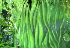 Eisfigur und -beleuchtung mit Grün Stockfoto