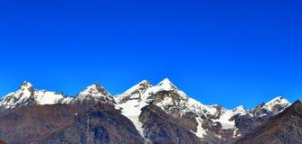 Eisige Berge Stockfoto