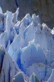 Eisige Bildungen von Perito Moreno Glacier bei Canal de Tempanos in Parque Nacional Las Glaciares nahe EL Calafate, Patagonia, Ar Lizenzfreies Stockfoto