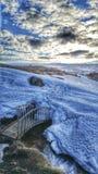 Eisige Brücke in nordwestlichem Island Lizenzfreie Stockfotografie