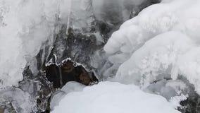 Eisige Rieseln-Schleife stock footage