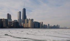 Eisige Seeseite Stockbild