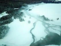Eisiger Kanas See-Wald im Winter Stockbilder