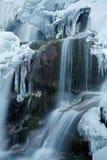 Eisiger Wasserfall Stockfotografie
