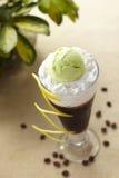 Eiskaffee mit Sahne Lizenzfreie Stockfotografie