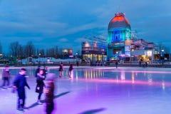Eislaufeisbahn Pavillon Bonsecours in Montreal stockbilder