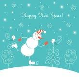 Eislaufender glücklicher Schneemann des neuen Jahres Lizenzfreie Stockfotos