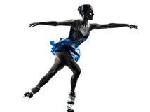 Eislaufschattenbild des Fraueneisschlittschuhläufers Lizenzfreie Stockbilder