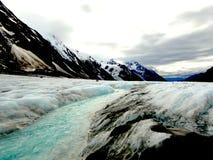 Eisschmelze am Gletscher Stockbild