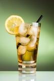 Eistee mit Zitrone Lizenzfreies Stockbild