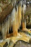 Eiszapfen in Teplice-Felsen in der Tschechischen Republik Lizenzfreies Stockfoto