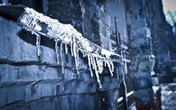 Eiszapfentauwetter Stockbild
