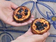 Eitörtchen Pasteis Des Belem, typischer portugiesischer Nachtisch stockfotografie