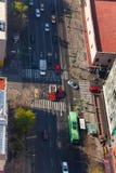 Eje中央拉扎卡德纳斯街道上面墨西哥 免版税库存照片