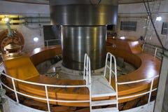 Eje de la turbina en la planta hidroeléctrica del itaipu - horizontal imagenes de archivo