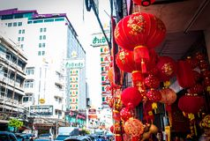 Ejecución china de la linterna del Año Nuevo para vender en el camino de Yaowarat Foto de archivo