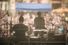 Ejecución de la banda viva en una etapa foto de archivo libre de regalías