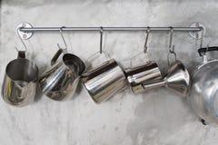 Ejecución del Cookware fotos de archivo