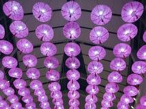 Ejecución rosada de la linterna del techo, fondo fastival de la linterna, Año Nuevo chino, festival de luna imágenes de archivo libres de regalías