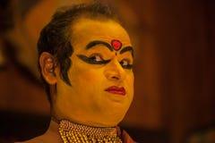 Ejecutante de Kathakali en el papel virtuoso del verde del pachcha en Cochin Imágenes de archivo libres de regalías