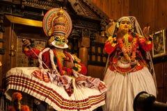 Ejecutante de Kathakali en el papel virtuoso del verde del pachcha en Cochin Fotografía de archivo libre de regalías