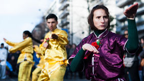 Ejecutante de Kung Fu en el desfile chino del Año Nuevo Fotografía de archivo libre de regalías