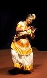 Ejecutante de Mohiniyattam (danza de la encantadora) Foto de archivo libre de regalías