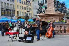 Ejecutantes de la calle en Munich Marienplatz Fotografía de archivo libre de regalías