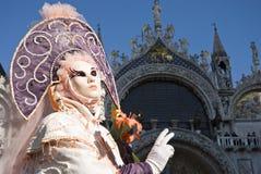 Ejecutantes del carnaval de Venecia imágenes de archivo libres de regalías