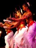 Ejecutantes femeninos de la danza Fotografía de archivo libre de regalías