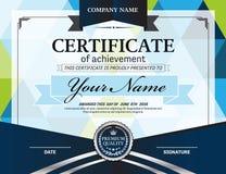 Ejemplo azul del vector de la plantilla del diploma del certificado Imágenes de archivo libres de regalías