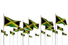Ejemplo bonito de la bandera 3d del día del himno - muchas banderas de Jamaica en fila aisladas en blanco con el lugar vacío para stock de ilustración