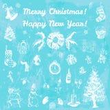 Ejemplo de la Feliz Navidad dibujada mano del garabato y de la Feliz Año Nuevo Imágenes blancas, fondo azul de la acuarela Fotografía de archivo libre de regalías