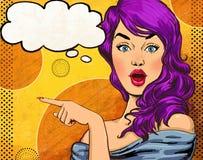 Ejemplo del arte pop de la muchacha con la burbuja del discurso Muchacha del arte pop Invitación del partido Tarjeta de felicitac Foto de archivo