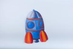 Ejemplo del cohete de espacio con aguazo en el fondo blanco Fotografía de archivo libre de regalías
