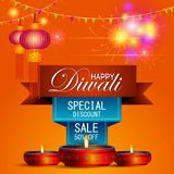 Ejemplo del diya adornado en oferta feliz de la venta de las compras de Diwali ilustración del vector