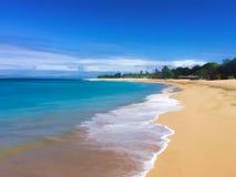 Ejemplo digital de la playa tropical de la isla Mar blanco de la playa y de la turquesa de la arena en día soleado Fotografía de archivo libre de regalías