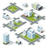 Ejemplo isométrico del vector de la ciudad 3d con los edificios de oficinas, rascacielos Árboles y arbustos en la calle libre illustration