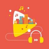 Ejemplo: los sonidos de la ciudad grande con los auriculares Foto de archivo libre de regalías