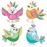 Ejemplo plano étnico lindo del vector de los personajes de dibujos animados de los pájaros aislado en blanco libre illustration