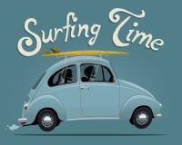 Ejemplo temático del vector del viaje de las vacaciones de verano que practica surf del coche del vintage Imágenes de archivo libres de regalías