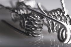 Ejemplo vaping torcido de las bobinas del filamento multi Fotos de archivo libres de regalías