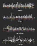 Ejemplos abstractos de los horizontes urbanos de la ciudad de los Estados Unidos de América en la noche en fondo oscuro suave Foto de archivo libre de regalías