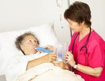 Ejercicio de respiración en hospital imagen de archivo