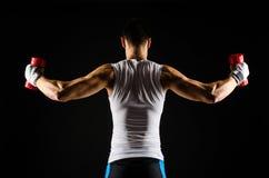 Ejercicio muscular del hombre Foto de archivo