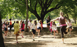 Ejercicios de la mañana en Central Park Imágenes de archivo libres de regalías