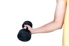 Ejercitando con pesas de gimnasia, pesas de gimnasia de elevación en blanco Imagenes de archivo